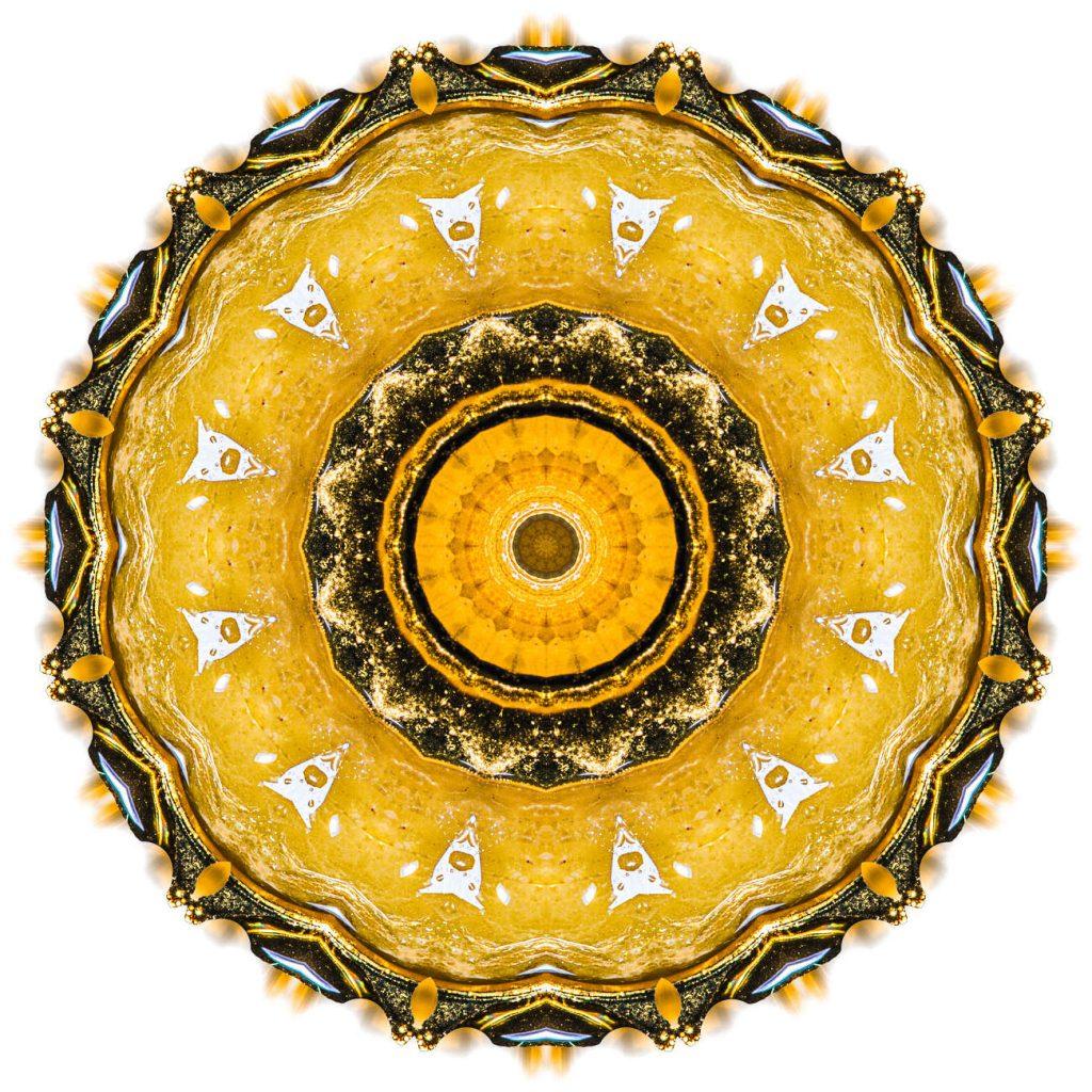 Zentrale Gelbe Saphir Kristall-Wirbel-Kammer
